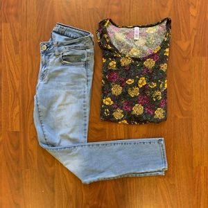 ❤️3 for $10 LuLaRoe Floral Print Perfect Tee